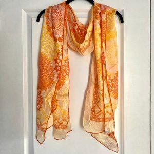 Henri Bendel printed silk scarf NWOT